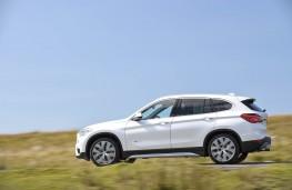 BMW X1, side