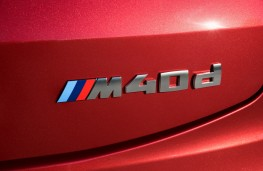 BMW X4 M40d, 2018, badge