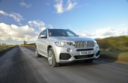 BMW X5 xDrive40e M Sport, front, action
