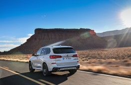 BMW X5, 2018, rear