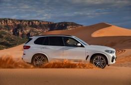 BMW X5, 2018, side