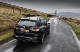 BMW X7 M50d, 2019, rear
