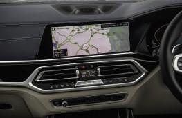 BMW X7 M50d, 2019, display screen