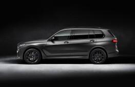 BMW X7 Dark Shadow Edition, 2020, side