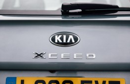 Kia XCeed '2', 2019, badge