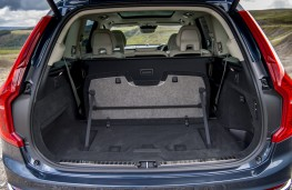 Volvo XC90 B5, 2019, boot, five seats