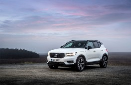 Volvo XC40 T5 AWD R-Design, 2018, front, static