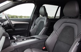 Volvo XC90 R-Design, interior