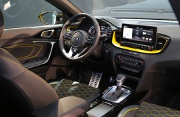 Kia XCeed, 2019, interior