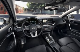 Kia XCeed PHEV, 2020, interior