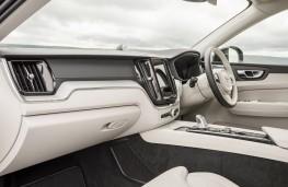 Volvo XC60 T8 Twin Engine, 2018, interior