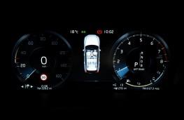 Volvo XC60 T8 Twin Engine, 2018, instrument panel