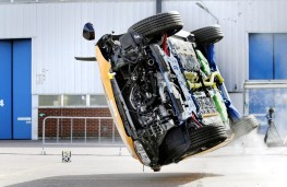Volvo XC90, rollover crash test