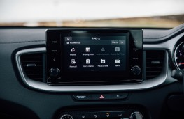 Kia XCeed '2', 2019, display screen