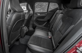 Volvo XC40 First Edition, 2018, rear seats