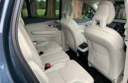 Volvo XC90 B5 AWD Inscription, 2021, rear seats