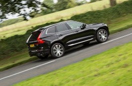 Volvo XC60 T8 Twin Engine, 2018, side