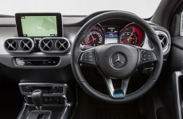 Mercedes-Benz X-Class, 2017, dashboard