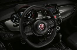 Fiat 500X Sport, 2019, dashboard