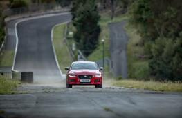 Jaguar XE 300 Sport, Circuit de Charade, nose
