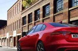 Jaguar XE, 2019, rear