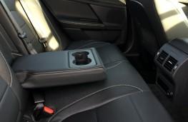 Jaguar XE R-Sport, seats
