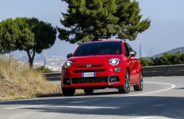 Fiat 500X Sport, 2019, front, action
