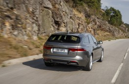 Jaguar XF Sportbrake, 2017, rear