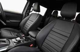 Mercedes-Benz X-Class, 2017, front seats