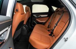 Jaguar XF, 2021, rear seats