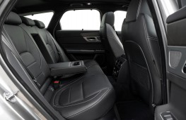 Jaguar XF Sportbrake, 2017, rear seats
