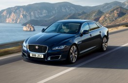 Jaguar XJ50, 2019, front, action