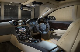 Jaguar XJ, 2016, interior