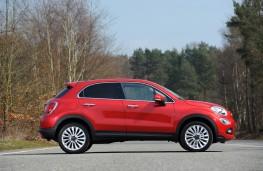Fiat 500X, side