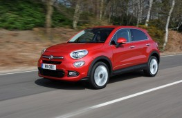 Fiat 500X, side, moving