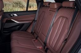 BMW X5, 2018, rear seats