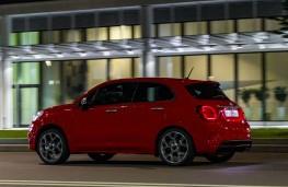 Fiat 500X Sport, 2019, side