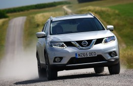 Nissan X-Trail, 65 plate, front