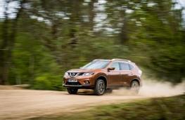 Nissan X-Trail, 2017, off road
