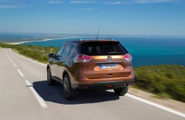 Nissan X-Trail, 2017, rear, action