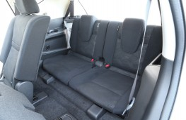 Nissan X-Trail, rear seats
