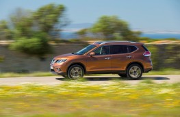Nissan X-Trail, 2017, side, action