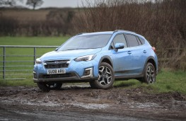 Subaru XV e-Boxer, 2020, off road, side