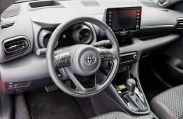 Toyota Yaris, 2020, dashboard