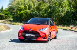 Toyota Yaris, 2020, front, action