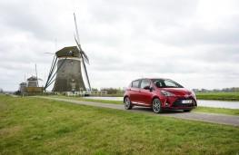 Toyota Yaris, 2017, front, windmill