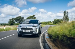 Toyota Yaris Cross, 2021, front, action