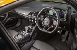 Audi R8, yellow, cockpit