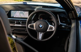 BMW Z4, 2019, dashboard