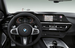 BMW Z4 First Edition, 2018, dashboard